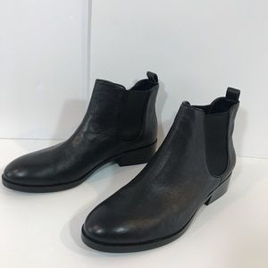 NWT-Cole Haan Black Leather Chelsea Ankle Boots
